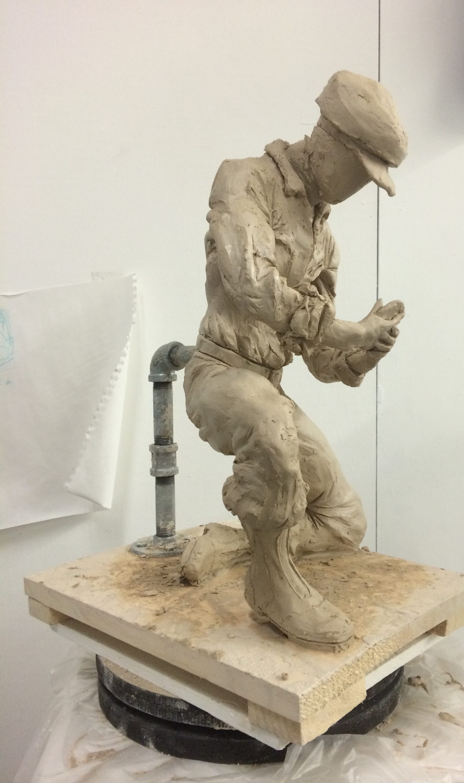 Sketching a spelunker using clay - Adding folds to Clothing step.